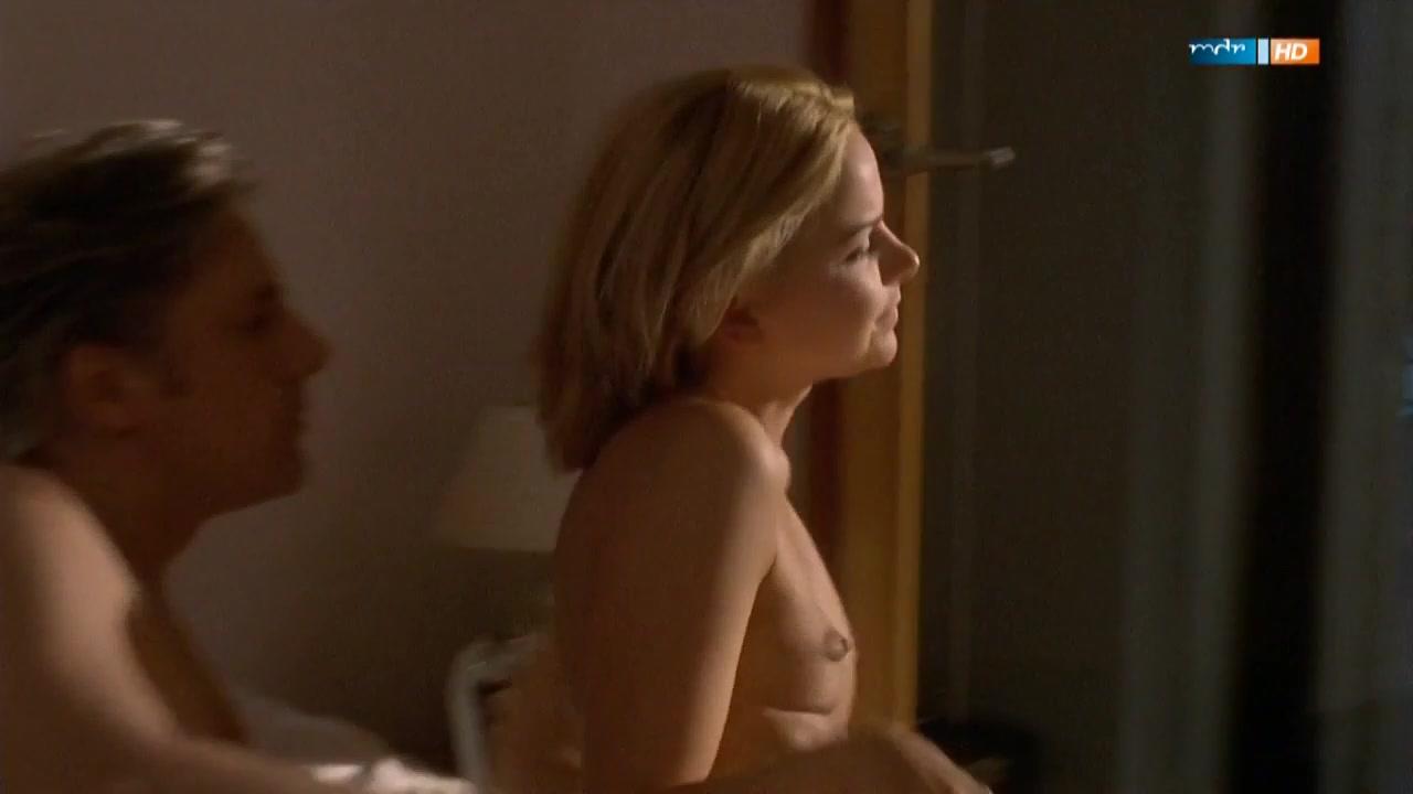 Denise Zich nude - Liebe, Lugen, Leidenschaften s03 (2001)