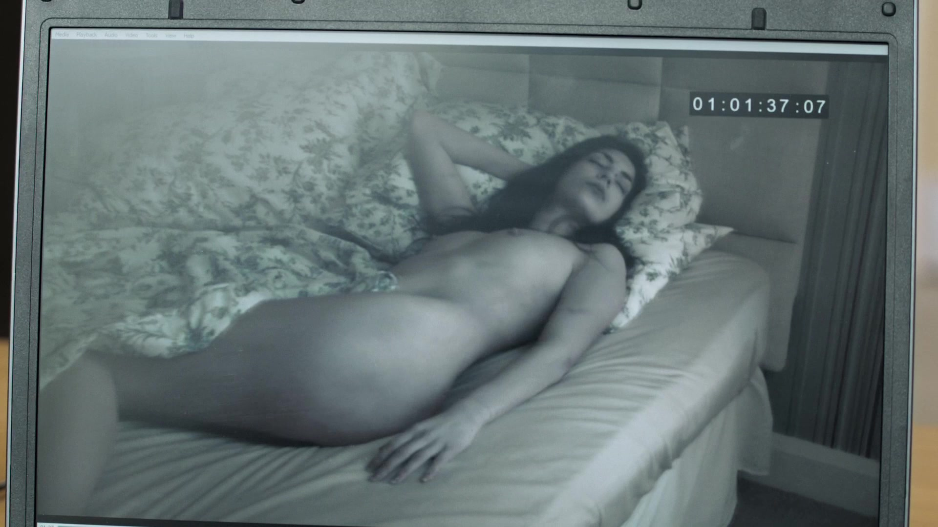 Gemma McCorry nude - The Fall s01e01 (2013)