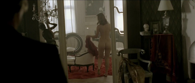 Juliana Johanidesova nude - 3 sezony v pekle (2009)