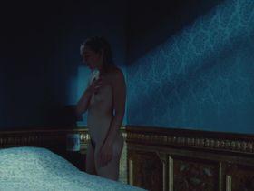 Julie Sokolowski nude - Hadewijch (2009)