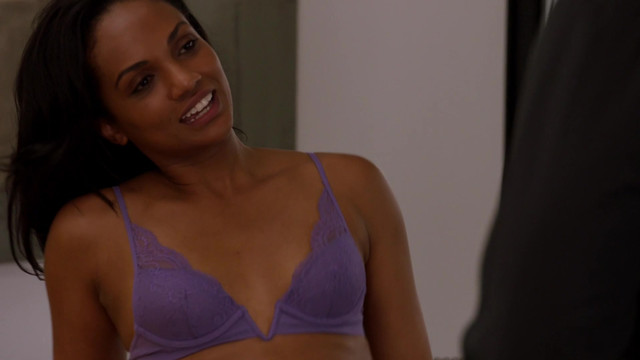 Mekia Cox sexy - Chicago Med s03e01 (2017)