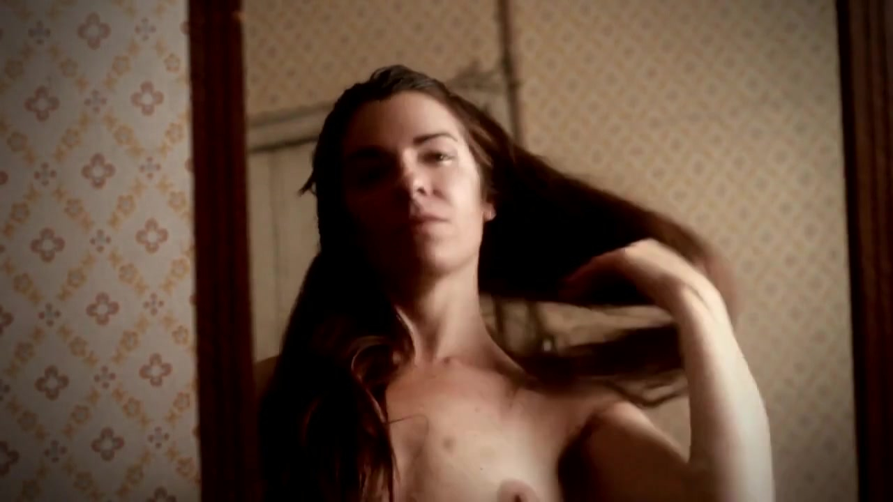Pamela Villalba nude - Ermitana (2010)