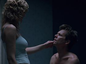 Kyra Sedgwick sexy - The Woodsman (2004)