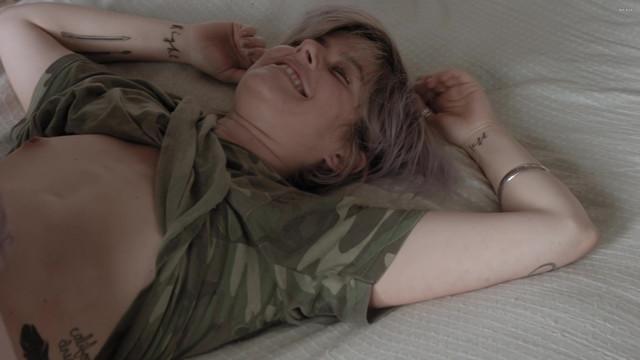 Jennifer Allcott nude, Celeste Arias sexy - Kate Can't Swim (2017)