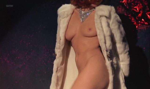 Truda de Hambourg nude, Lady Veronique nude - Der kom en soldat (1969)