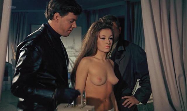 Ullabella Johansson nude - Der Kom En Soldat (1969)
