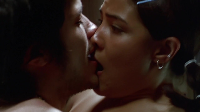 Vanessa Bauche nude - Amores perros (2000)
