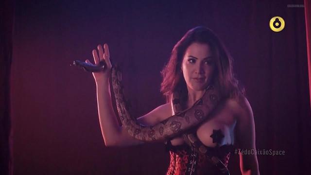Vanessa Prieto nude - Ze do Caixao S01E01 (2015)