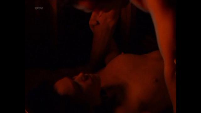Victoria Sanchez nude - The Hunger S02E10 (1999)