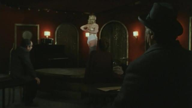 Virginie Robert nude - Maigret S01E04 (1992)