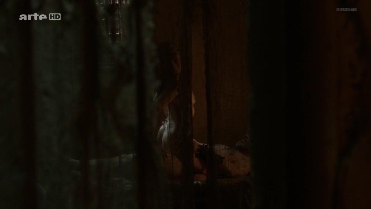 Vittoria Scognamiglio nude - Odysseus - S01E03 (2013)