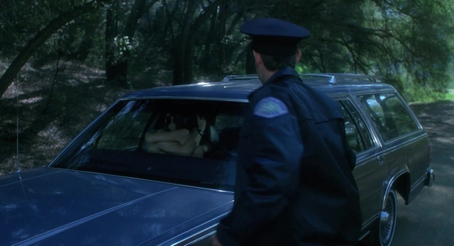 Winona Ryder hot - Heathers (1988)