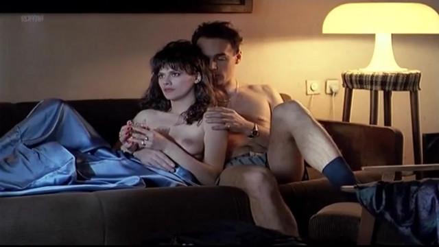 Zorica Vasojevic nude - Praznik u Sarajevu (1991)