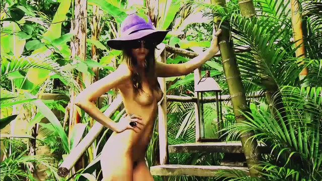 Abbey Lee Kershaw nude - Compilation (2010-2017)