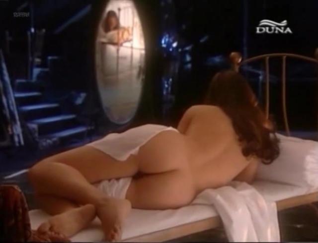 Katinka Egres nude - Örkény lexikon (2007)