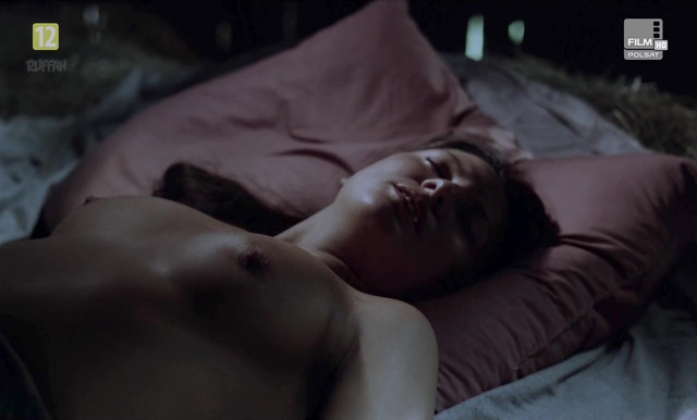Liliana Komorowska nude - Austeria (1982)