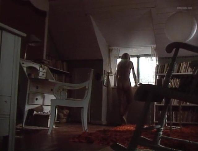 Johanna Raunio nude - Painajainen S01E04 (1988)