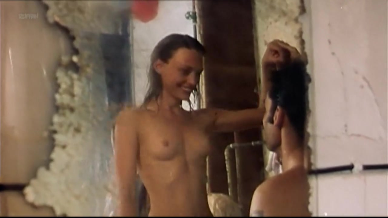Alexandra Tiedemann nude - Pas de cafe, pas de tele, pas de sexe (1999)
