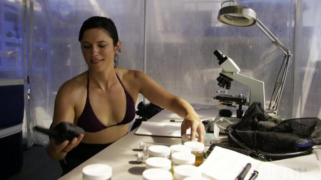 Kelsey Siepser sexy - SEAL Team S01E03 (2017)