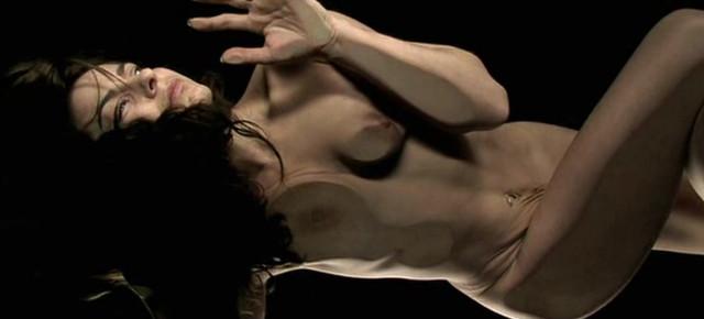 Audrey Dana nude, Annelise Hesme nude - Nos amis les Terriens (2007)