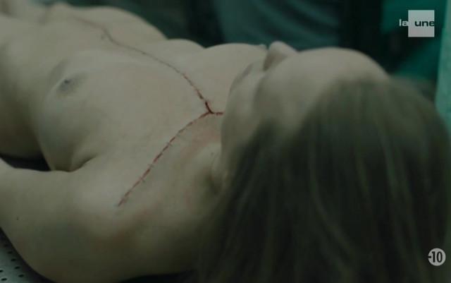 Maureen Merchiers nude, Angelique Vercray nude - Unite 42 S01E01 (2017)