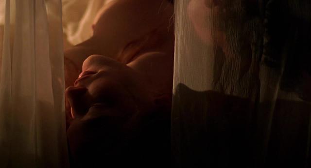 Cate Blanchett nude - Elizabeth (1998)