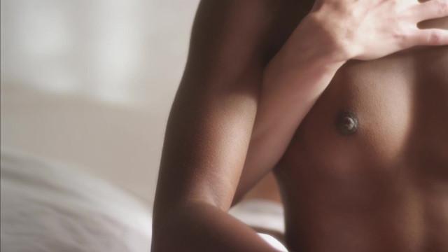 Sandrine Salyeres nude - 3 Filles (2017)
