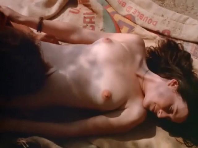 Debbie Osborne nude, Rene Bond nude - Country Cuzzins (1970)