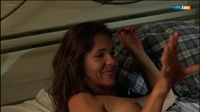 Katja Woywood nude - Utta Danella (2003)