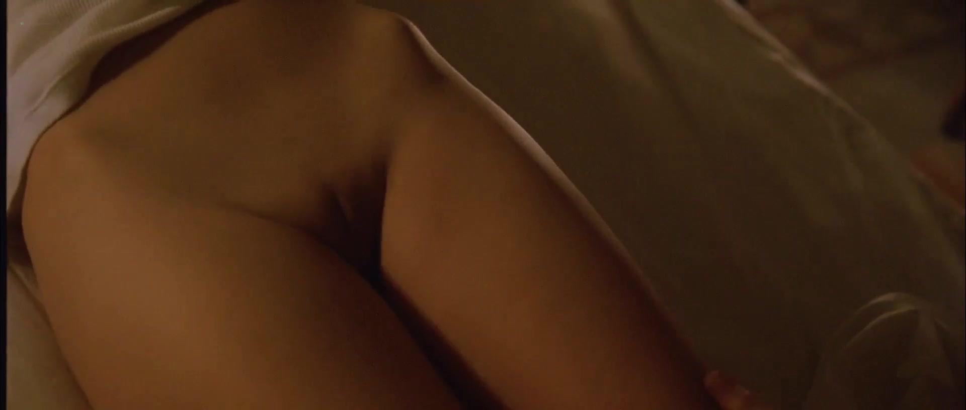 Samantha Morton nude - Code 46 (2003)