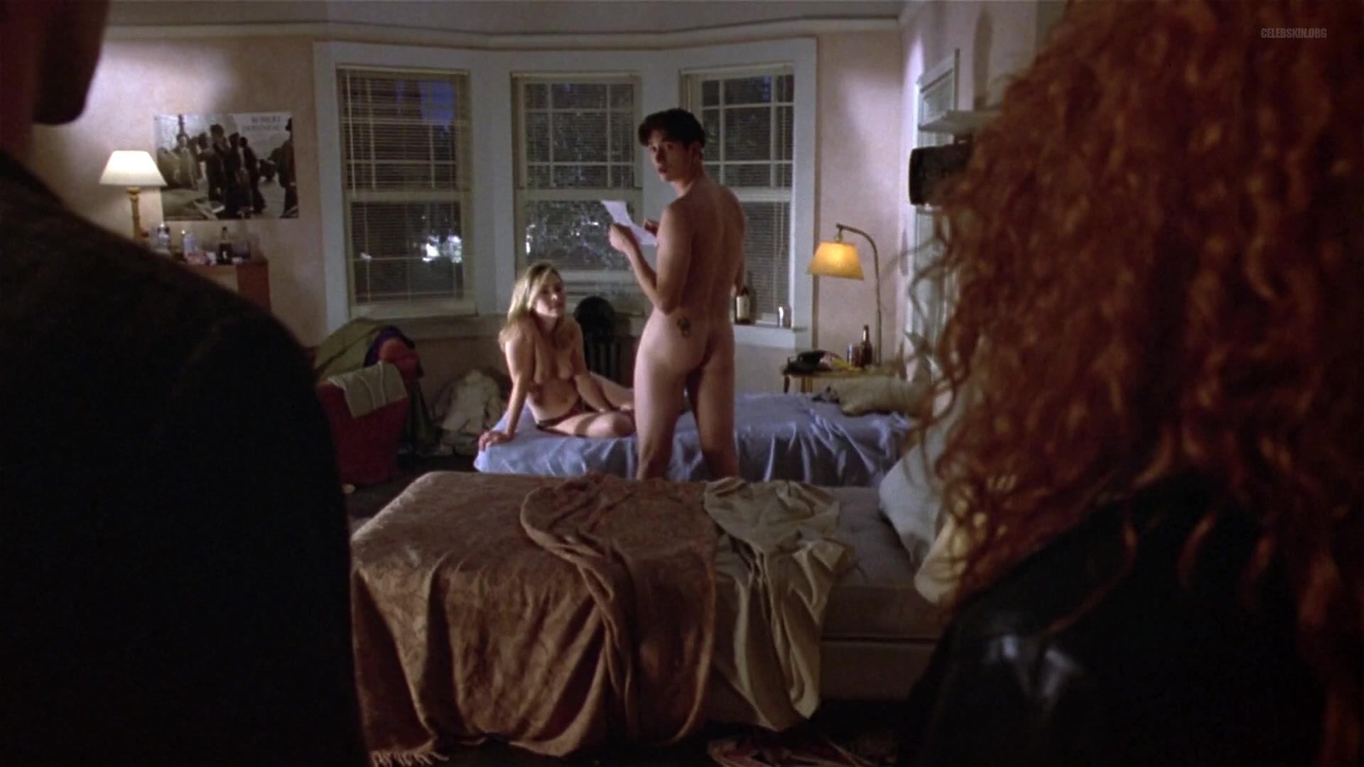 Kaela Dobkin nude - Kicking And Screaming (1995)