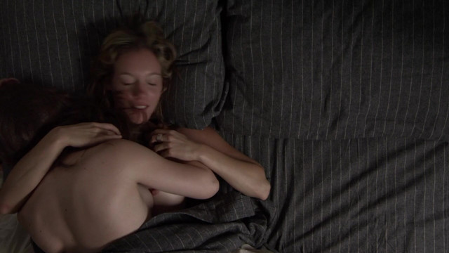 Noemie Yelle nude, Carla Turcotte nude - Feminin/Feminin s01e01 (2014)