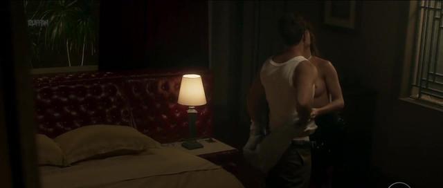 Julianne Trevisol nude - Os Dias Eram Assim - s01e04 (2017)