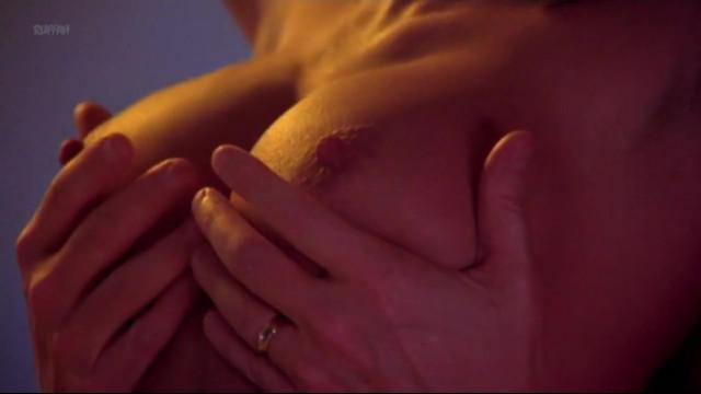 Barbara Crampton nude - Poison (2000)