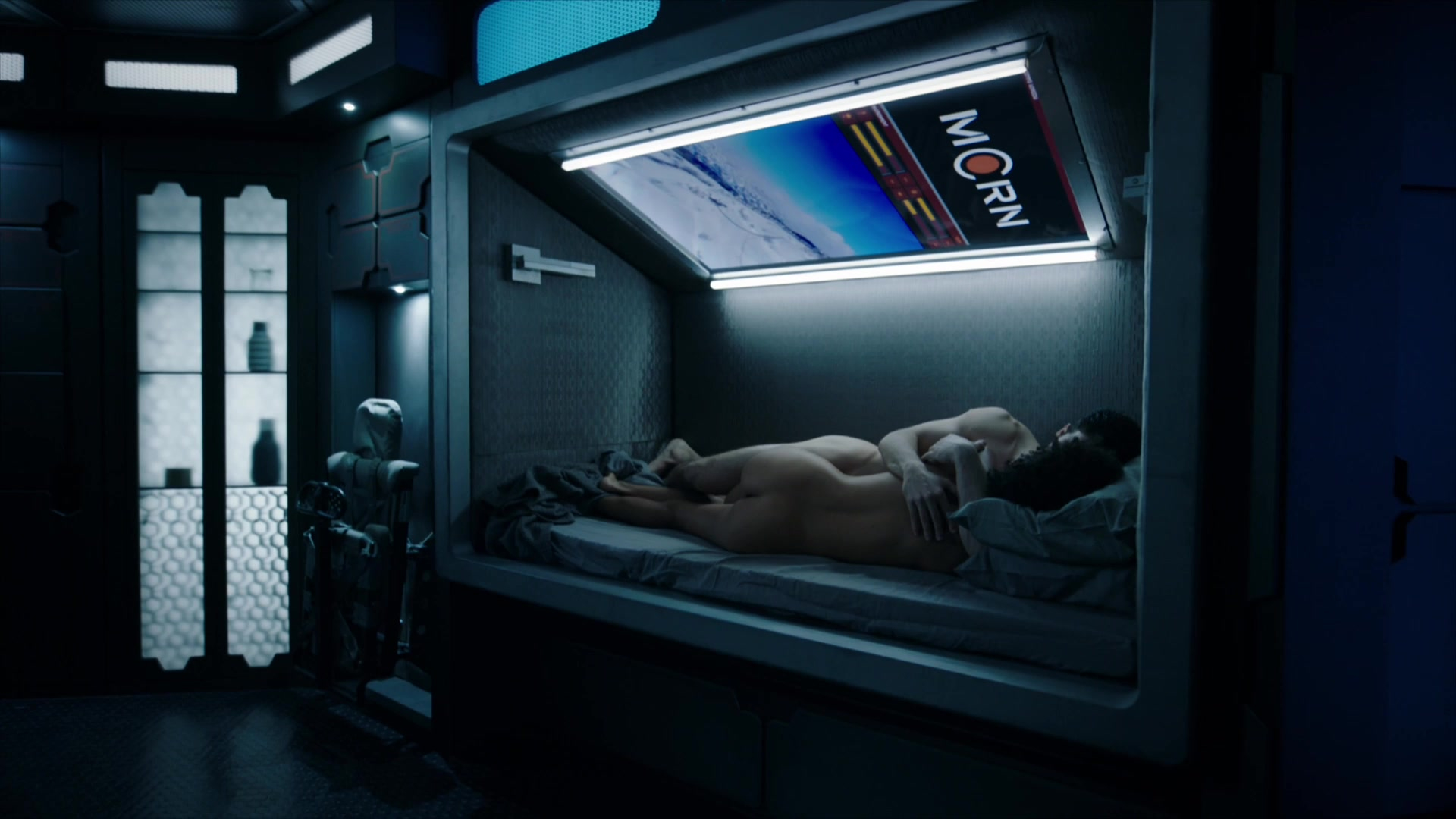 Dominique Tipper nude - The Expanse S03E06 (2018)