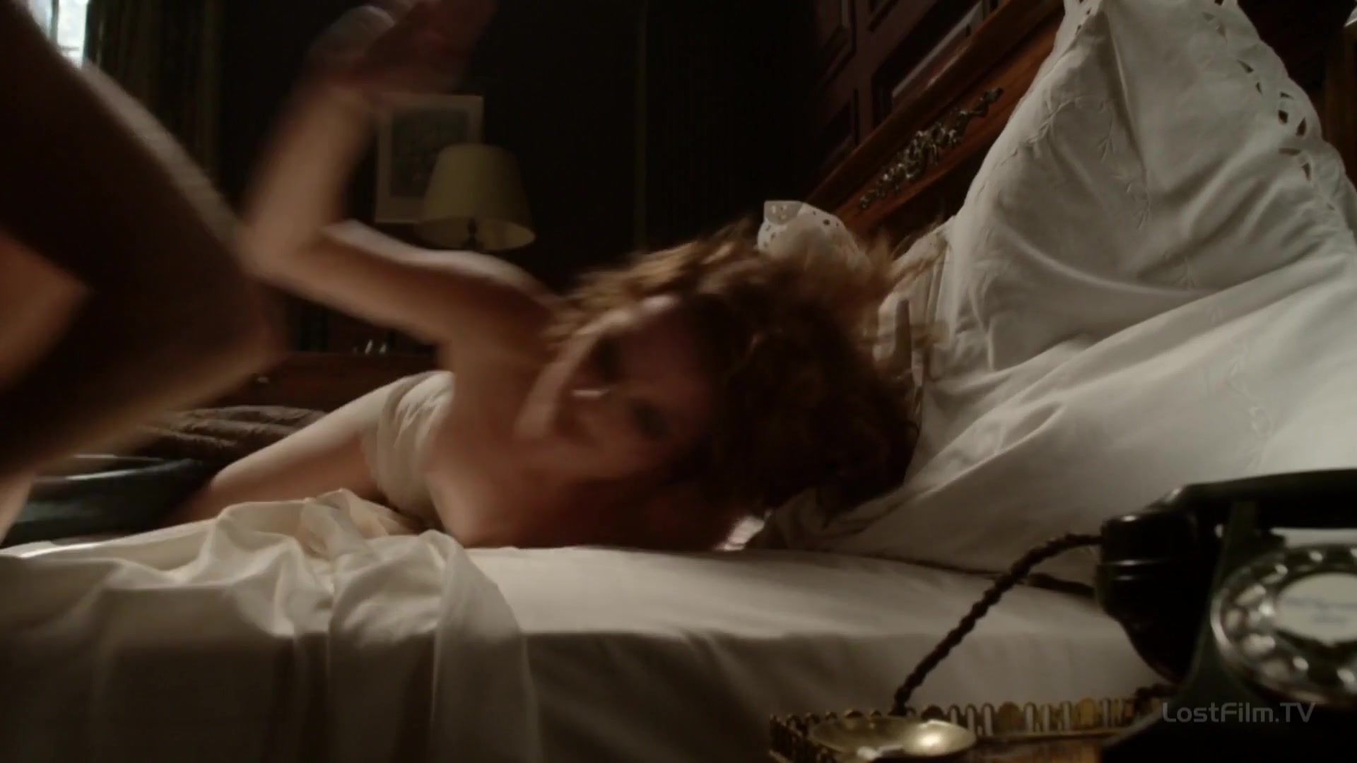 Nora Lili Horich nude - Fleming s01e01 (2014)