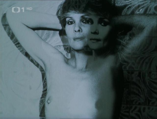 Jana Sulcova nude - Dobre svetlo (1985)