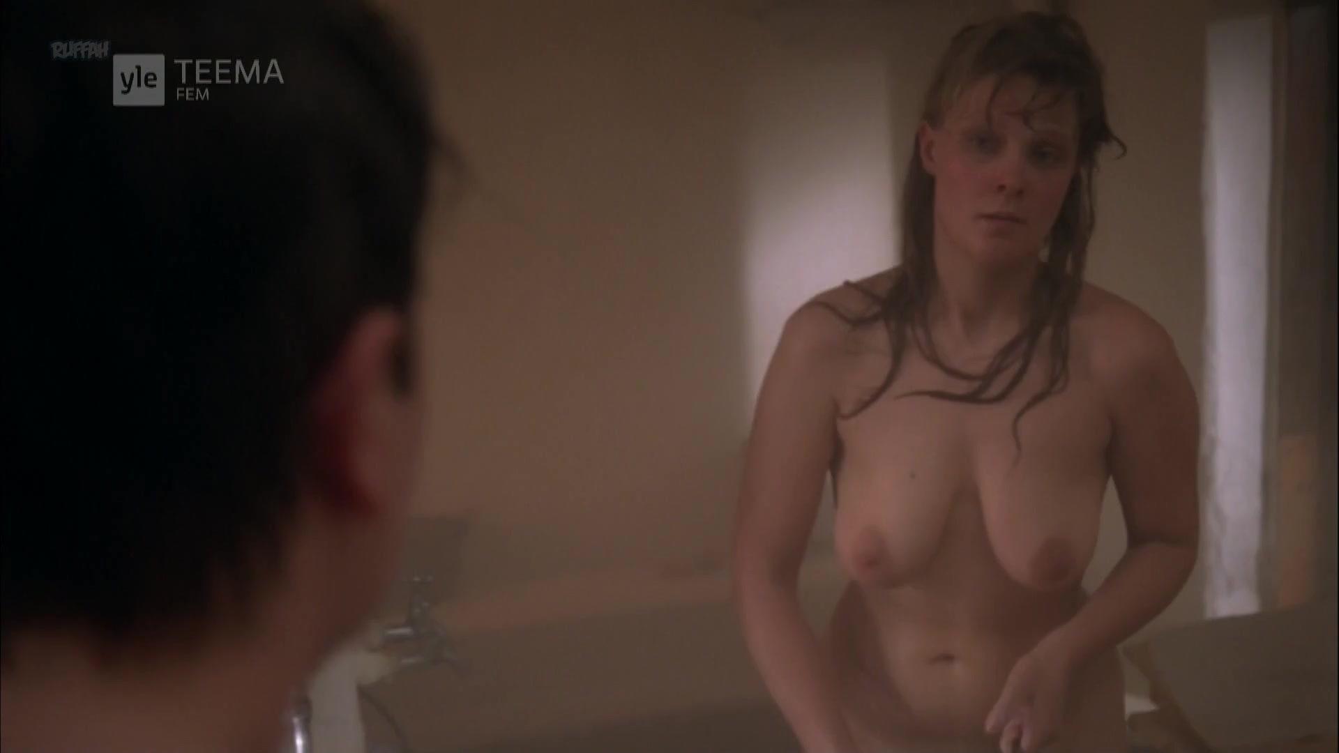 Eppu Nuotio nude - Tuntematon Sotilas (1985)