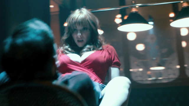 Vica Kerekes sexy - Muzi v nadeji (2011)
