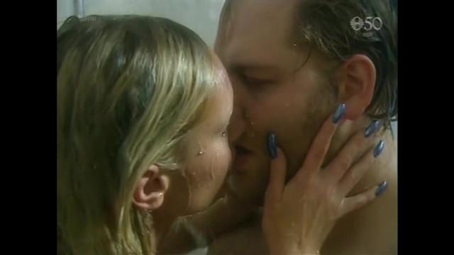 Nanna Kristin Magnusdottir nude - Ur Oskunni i Eldinn (2000)