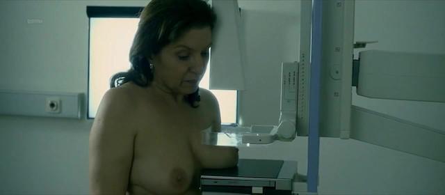 Mirjana Karanovic nude - Dobra Zena (2016)