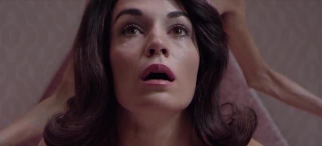 Sara Rivero nude - Lo siento mi amor (2018)