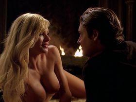 Nikki Ziering nude - Gold Diggers (2003)