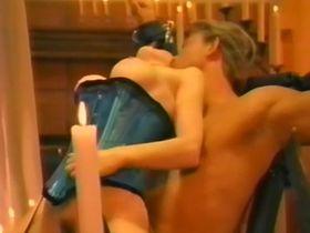 Dita Von Teese nude - Romancing Sara (1995)
