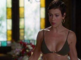 Alyssa Milano sexy - Charmed s06 (2003)