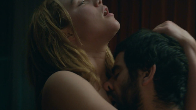 Florence Pugh sexy - The Little Drummer Girl s01e06 (2018)