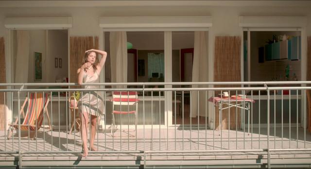 Laure Roldan sexy - The Heat Wave (2015)