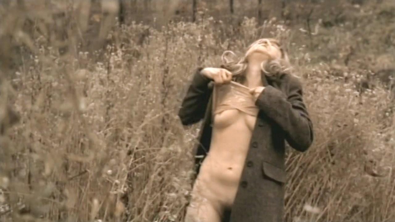 Edyta Jungowska nude - Jestem (2005)