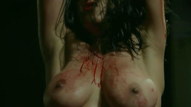Luciana Paes nude - O Animal Cordial (2017)