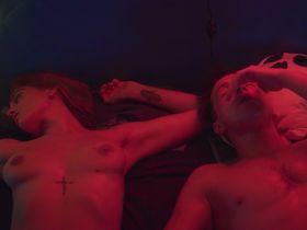 Nino Ninidze nude - V posteli s01e01-02-07-08-09 (2018)